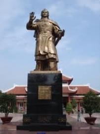 Phân tích ý nghĩa đoạn trích trong bài hiểu dụ núi trên của vua Quang Trung